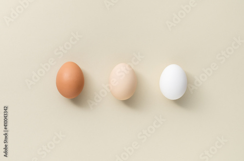 Photo Three eggs different color
