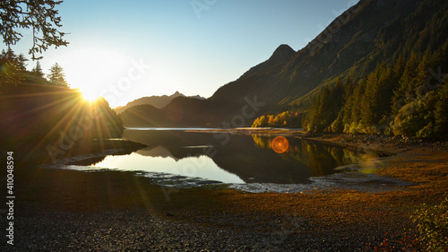 Fototapeta Clear lake in the mountains of Alaska obraz