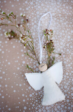 DIY Christmas Angel Decoration Made Of Felt And Wooden Ball