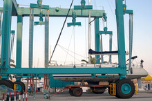Electric Hydraulic Gantry To Lift Ships In The Harbor.