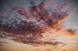 Wolkenformation bei Sonnenuntergang
