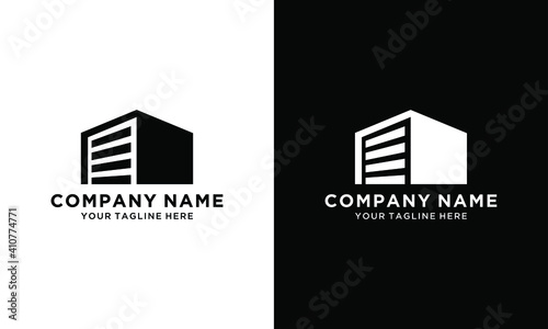 Fotografija Modern black logo design with gradient, house with car garage.