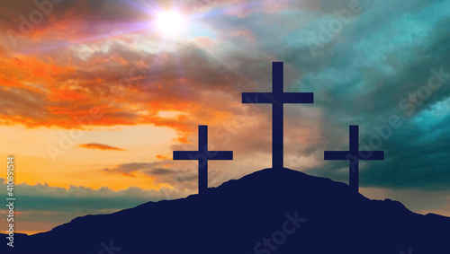 Photo crucifixion, religion and christianity concept - silhouettes of three crosses on