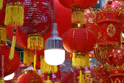 Fototapeta Decorations, handicrafts at Wanchai Market, Hong Kong, prior to Chinese Lunar Ne