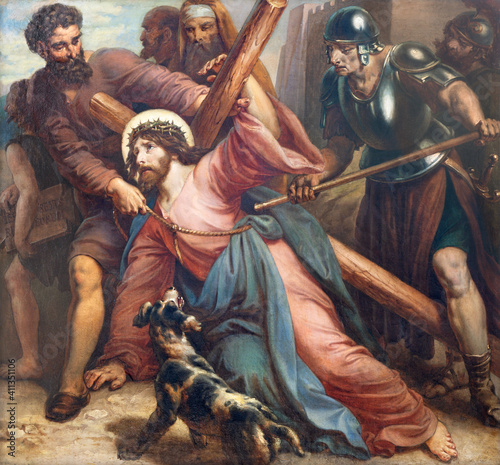 Carta da parati VIENNA, AUSTIRA - OCTOBER 22, 2020: The painting fall of Jesus under the cross in church St