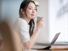 ビジネス・女性・カフェ