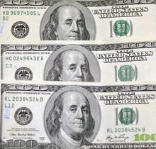 A 300 US Dollars Cash