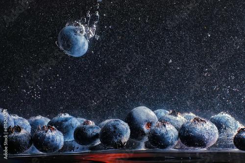 Fotografie, Obraz Water drops on ripe sweet blueberry
