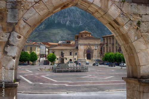 The medieval Aqueduct of Sulmona, built near Piazza Garibaldi Fototapeta