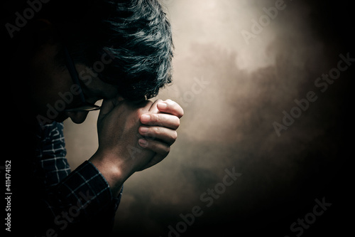 Obraz na plátně Christian life crisis prayer to god