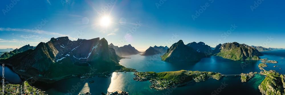 Fototapeta Lofoten is an archipelago in the county of Nordland, Norway.