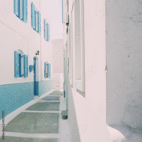 Obraz na plátně Whitewashed Houses In Greece