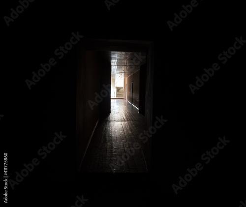 Slika na platnu Dark corridor
