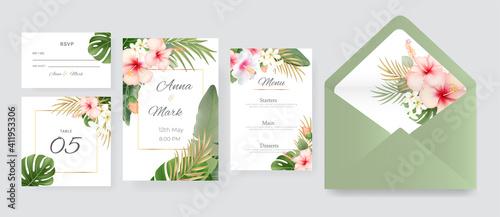 Obraz Tropical gold  wedding frame with exotic nature background. - fototapety do salonu