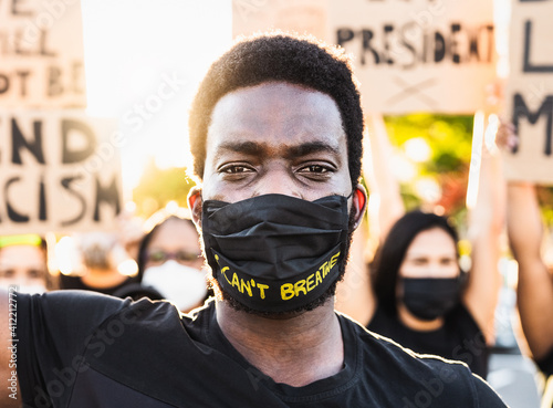 Fotografiet Black lives matter activist movement protesting against racism and fighting for
