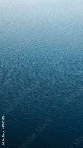 Obraz Vertical photography of a calm water surface - fototapety do salonu