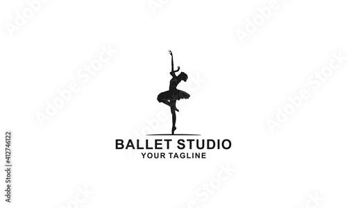 ballet dance illustration logo on white background Fototapet