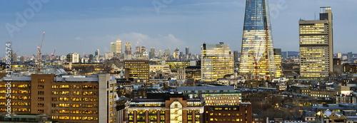 London one of the leading centers of global finance © Iliya Mitskavets