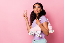 Profile Side Photo Afro American Pretty Woman Make V-sign Wear Roller Skates Send Air Kiss Copyspace Isolated On Pink Color Background