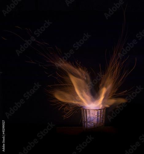 Slika na platnu chispas fuego