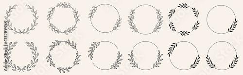 Fotografija Set of black laurels frames branches with circle borders