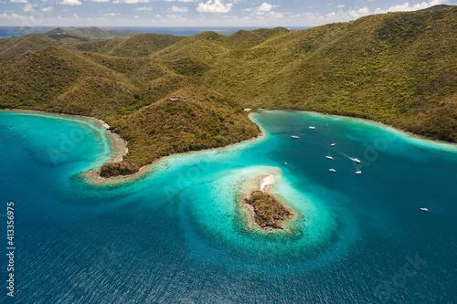 Fototapeta Waterlemon Cay and Boats obraz