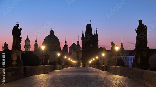 Obraz na plátně Prague at night