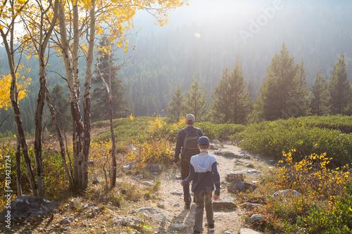 Obraz na płótnie family hike in grand teton