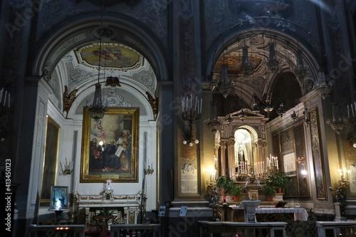 Napoli - Cappelle laterali della Chiesa di Santa Brigida Fototapeta