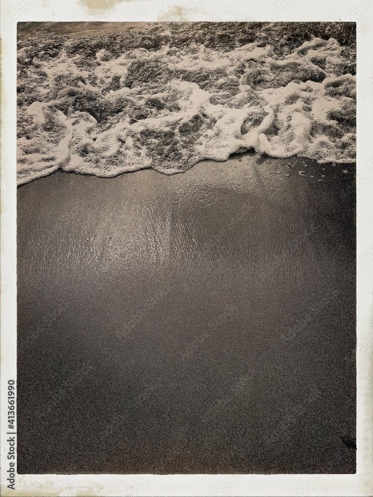 Fototapeta High Angle View Of Wave At Beach
