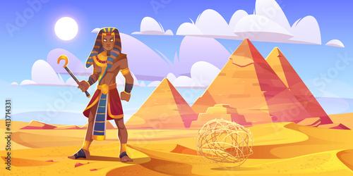 Obraz na płótnie Ancient Egyptian pharaoh in desert with pyramids