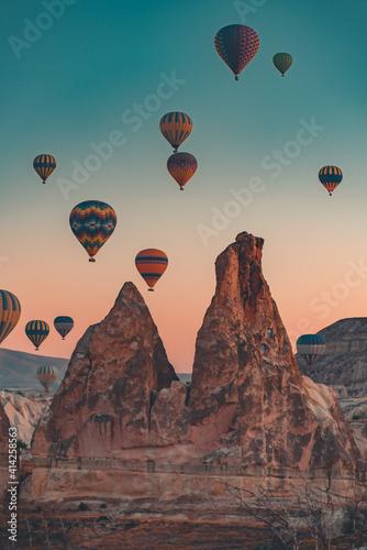 hot air balloon at sunset Fototapete