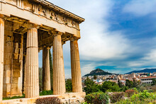 Ancient Temple Of Hephaestus. Columns Agora Marketplace, Athens, Greece. Agora Founded 6th Century BC. Temple For God Of Craftsmanship, Metalworking From 449 BC