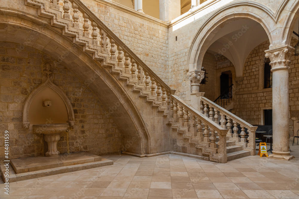 Fototapeta Inner courtyard of Rector's palace in Dubrovnik, Croatia