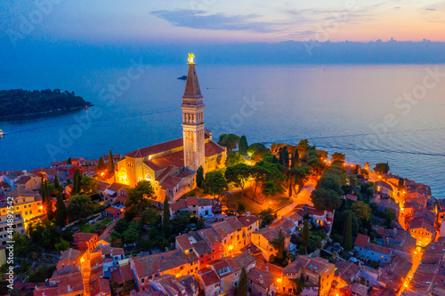 Obraz na plátne Sunset view of Saint Euphemia church in Croatian town Rovinj