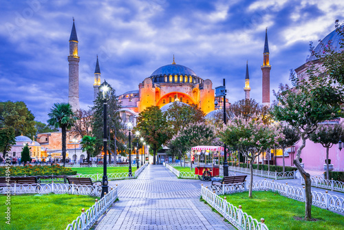 Istanbul, Turkey - Hagia Sophia colorful twilight Fotobehang