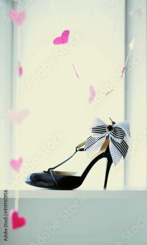 Billede på lærred shoes, fashion, leather, high, white, black, pair, heel, elegance, heart, bow, b