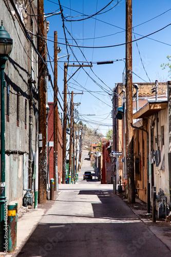 Backstreets are filled with character Tapéta, Fotótapéta