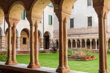 Romanesque Cloister, Duomo (cathedral) Of Santa Maria Matricolare, Verona, Veneto