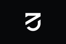 UZ Logo Letter Design On Luxury Background. ZU Logo Monogram Initials Letter Concept. UZ Icon Logo Design. ZU Elegant And Professional Letter Icon Design On Black Background. U Z ZU UZ