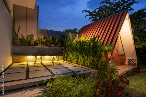 Canvas tropical Backyard Garden Illumination with cabin