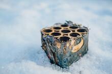 Silvesterböller Batteriefeuerwerk Nahaufnahme Im Schnee