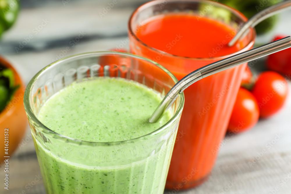 Fototapeta Glasses of healthy smoothie, closeup
