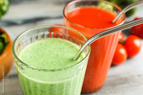 Fototapeta Glasses of healthy smoothie, closeup obraz