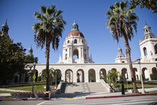 Grand Entrance To The Historic Pasadena City Hall Building In Southern California.