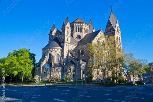 Fototapeta Bonn Minster cathedral or Bonner Munster is the oldest roman catholic church in Bonn, Germany