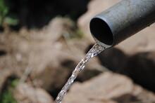 Source D'eau Au Burundi En Afrique Centrale