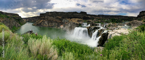 Shoshone Falls on a beautiful summer day - Panoramic view © jovannig