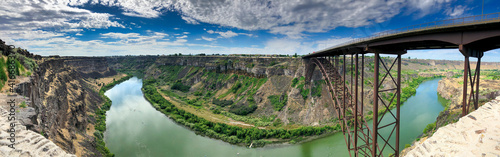 Twin Falls Bridge and Snake River on a beautiful summer day - Panoramic view © jovannig