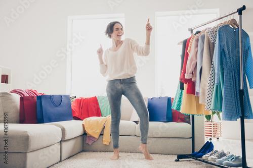 Tela Full size photo of happy funky woman dance good mood wardrobe buy clothes good m